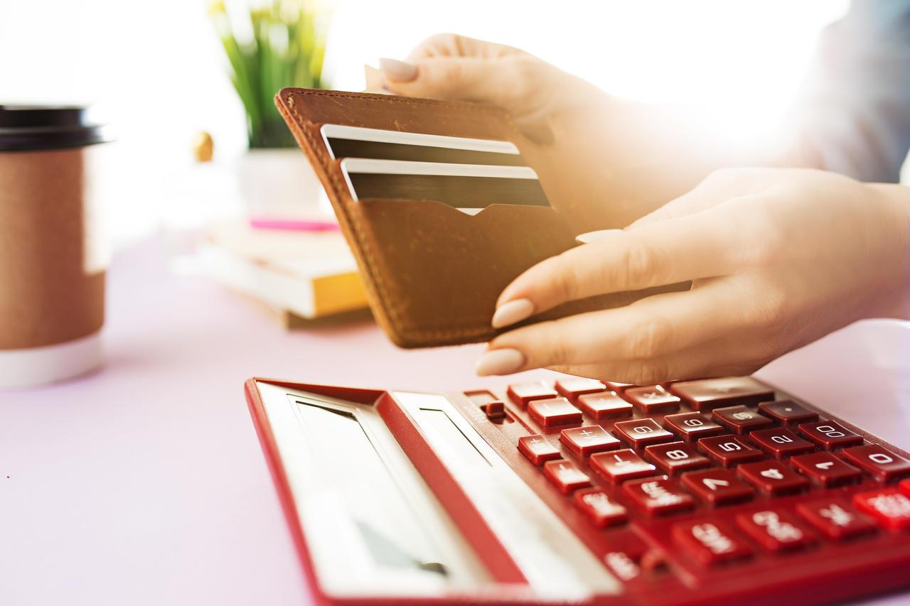 Máquina de cartão: 3 Melhores empresas de máquina de cartão